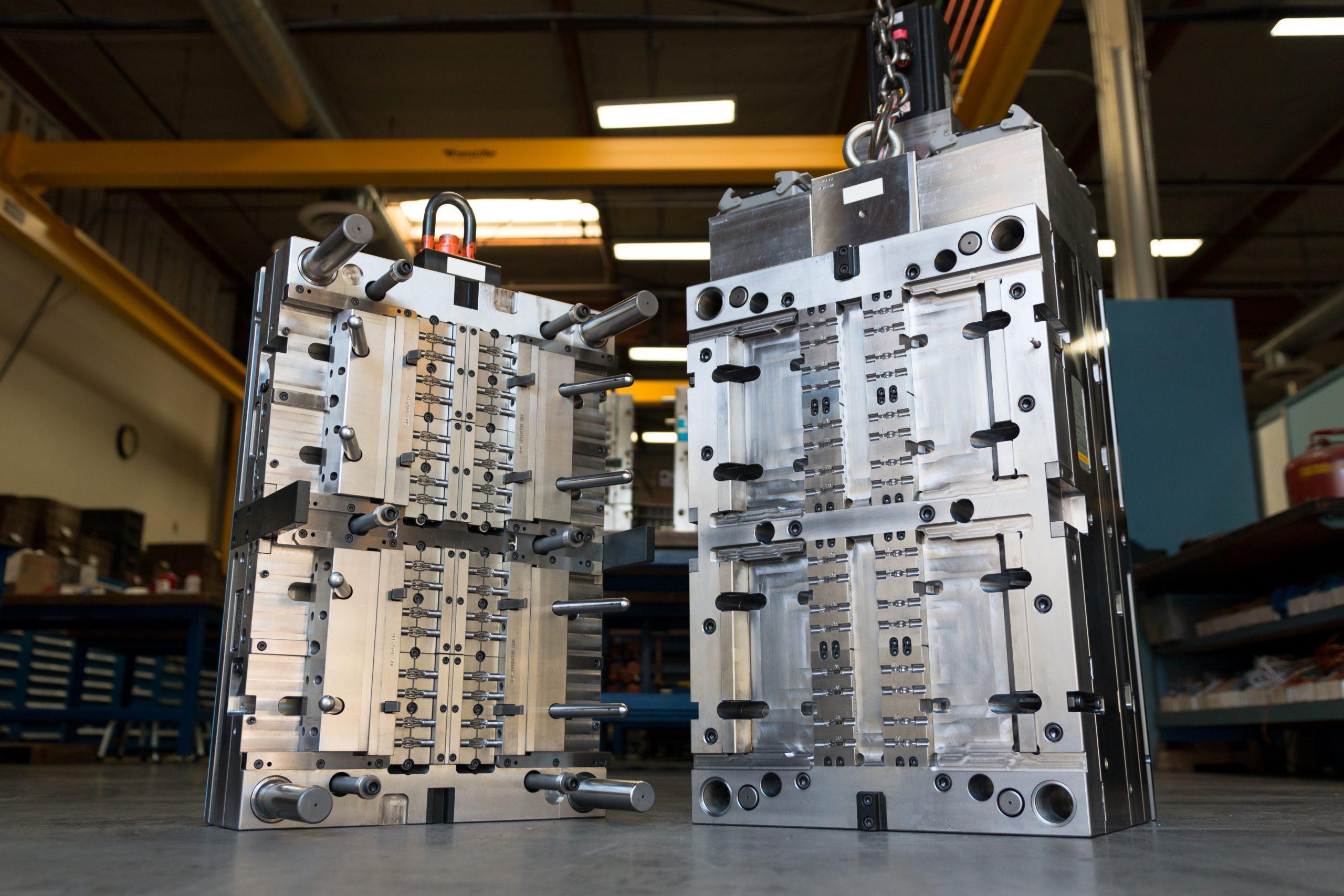 Injection mold capabilities 20-3200 Ton